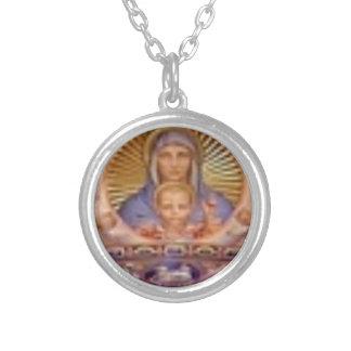 Collar Plateado arte de Maria y del niño