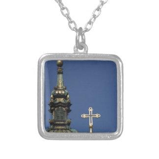 Collar Plateado Bóvedas ortodoxas de la iglesia cristiana