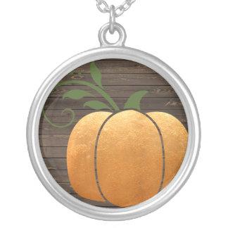 Collar Plateado Calabaza de madera rústica del otoño del oro