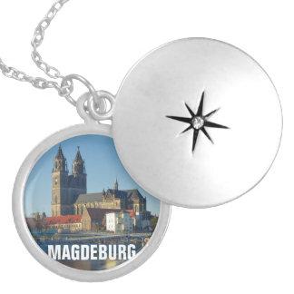 Collar Plateado Catedral de Magdeburgo 03.2.T
