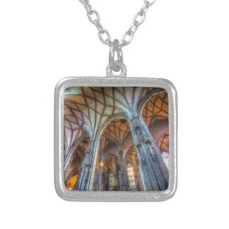 Collar Plateado Catedral Viena del St Stephens
