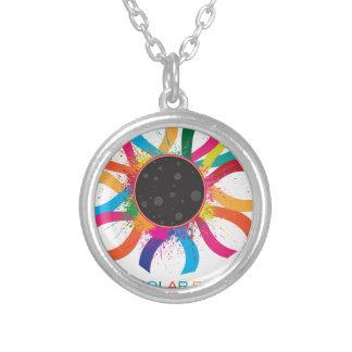Collar Plateado Color de texto total de la corona del eclipse