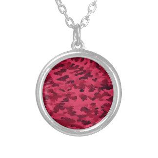 Collar Plateado El arte pop abstracto del follaje se ruboriza rojo