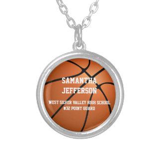 Collar Plateado El número personalizado del nombre del baloncesto