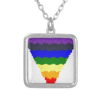 Collar Plateado Embudo ondulado del triángulo del arco iris de las