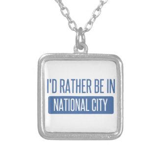 Collar Plateado Estaría bastante en ciudad nacional