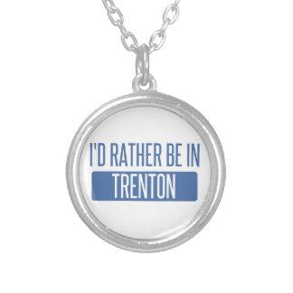 Collar Plateado Estaría bastante en Trenton