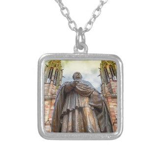 Collar Plateado Estatua de Charles-Emilio Freppel, Obernai,