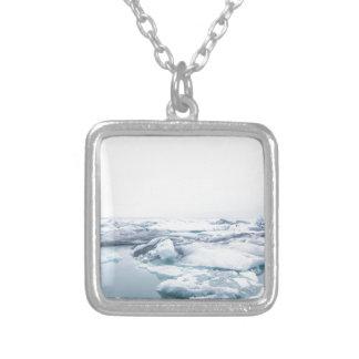 Collar Plateado Glaciares de Islandia - blanco
