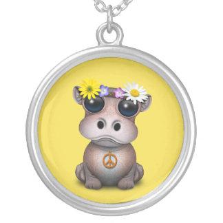 Collar Plateado Hippie lindo del hipopótamo del bebé