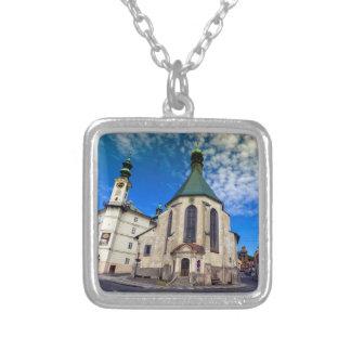 Collar Plateado Iglesia de St. Catherine, Banska Stiavnica,