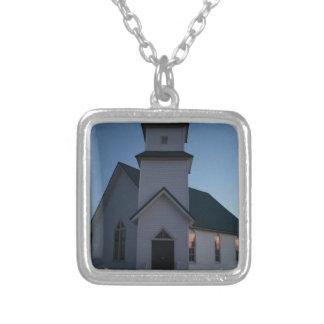 Collar Plateado Iglesia del país