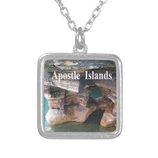 Collar Plateado Islas del apóstol