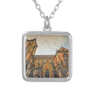 Collar Plateado La iglesia de San Martín, Colmar, Francia