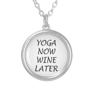 Collar Plateado La yoga ahora Wine más adelante
