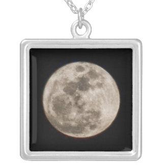 Collar Plateado Luna Llena