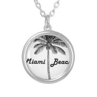 Collar Plateado Miami Beach