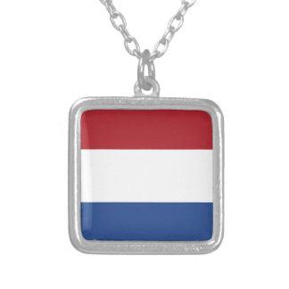 Collar Plateado Modelo patriótico de Netherland Holanda