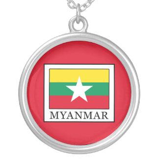 Collar Plateado Myanmar