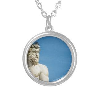 Collar Plateado Neptuno en Florence02