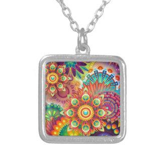 Collar Plateado Nuevo fondo abstracto colorido