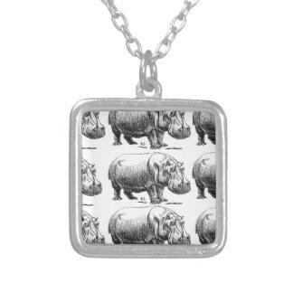 Collar Plateado oro del hippopotamus
