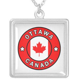 Collar Plateado Ottawa Canadá