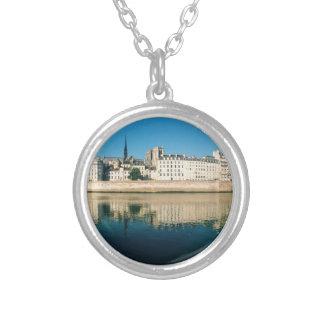 Collar Plateado Panorama de París - Saint Louis de Ile