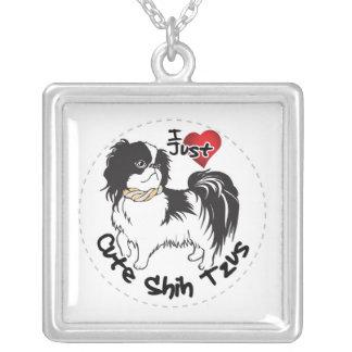 Collar Plateado Perro divertido y lindo adorable feliz de Shih Tzu