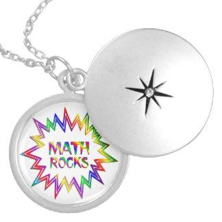 Collar Plateado Rocas de la matemáticas