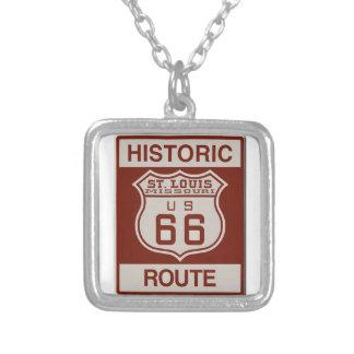 Collar Plateado Ruta 66 de St. Louis