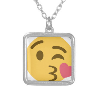 Collar Plateado Smiley Kiss Emoji