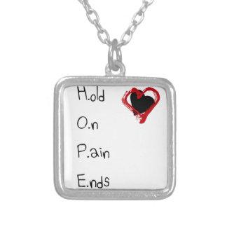 Collar Plateado Sosténgase en extremos del dolor