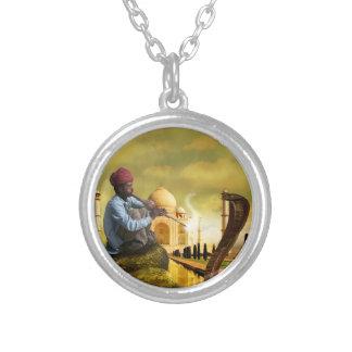 Collar Plateado Taj Mahal