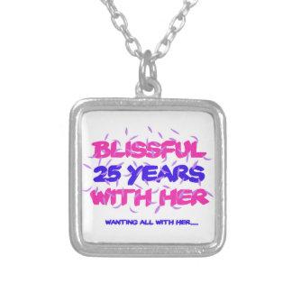 Collar Plateado Tender los 25tos diseños del aniversario de la
