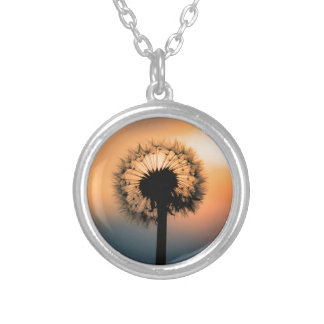Collar Plateado The Sunset and the Fragile Dandelion