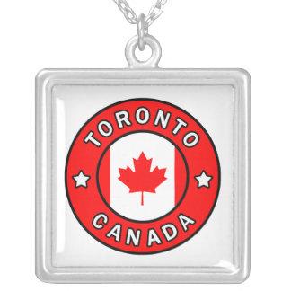 Collar Plateado Toronto Canadá
