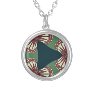 Collar Plateado Triángulos verdes