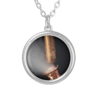 Collar Plateado Tubo de cobre con vapor