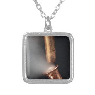 Collar Plateado Tubos de cobre con vapor