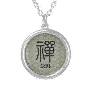 Collar Plateado Verde verde oliva de la caligrafía china del zen