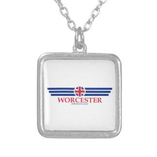 Collar Plateado Worcester