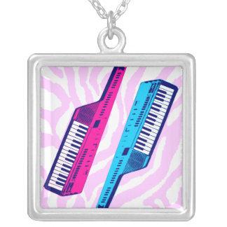 Collar retro de Keytar del vintage del tigre 80s d