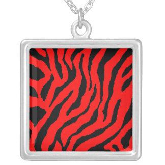 Collar rojo retro de la raya del tigre del tigre 8