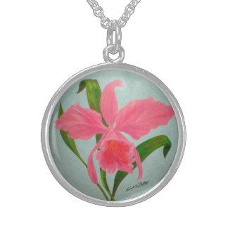 Collar rosado de la orquídea