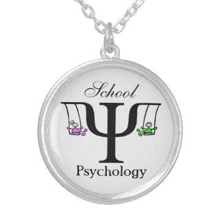 Collar único de la psicología de la escuela