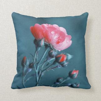 Color de rosa romántico cojín