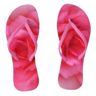 Color de rosa rosado brillante chanclas