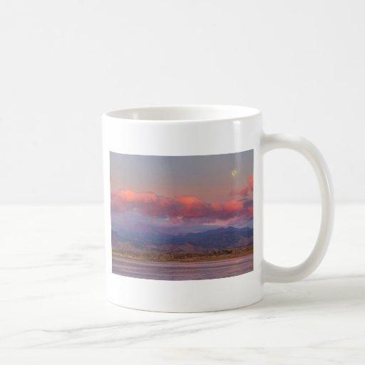 Colorado Front Range desea salida del sol máxima d Taza De Café