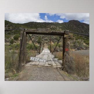 Colorado guarda hacia fuera el poster del puente